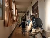 学校、塾、習い事へ通っています